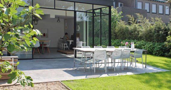 betonvloer binnen en buiten