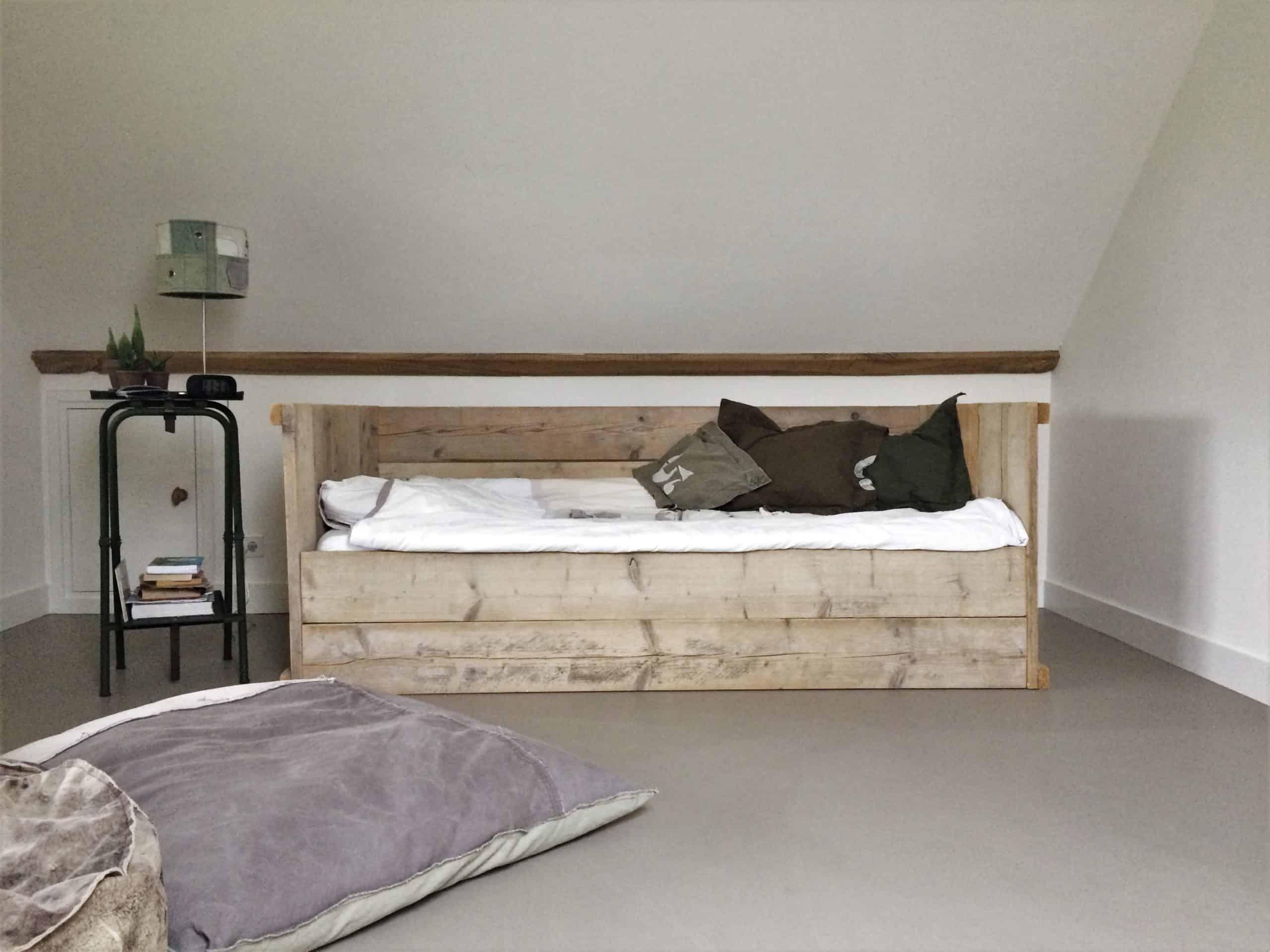 gietvloer slaapkamer, betonlook slaapkamer