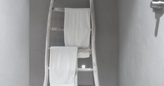 Designvloer in de badkamer