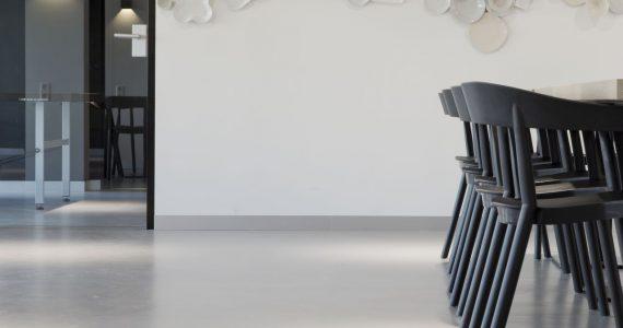 dunne betonvloer, betonlookvloer