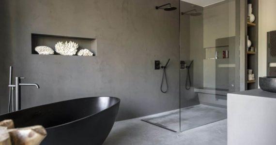 badkamer, badkamerinspiratie, gevlinderd betonvloer, beton ciré, betonlook, betonlook inspiratie