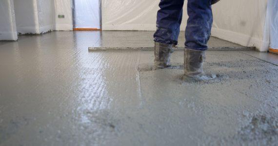 betonvloer gevlinderd, gevlinderde vloer, proces gevlinderde vloer, kosten betonvloer storten