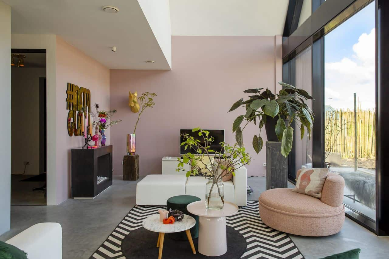 eclectische woonkamer, eclectisch interieur, eclectische woonstijl, betonvloer eclectisch