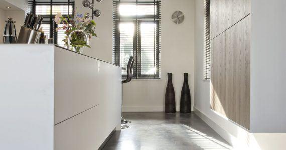 houten vloer vervangen door betonvloer met vloerverwarming