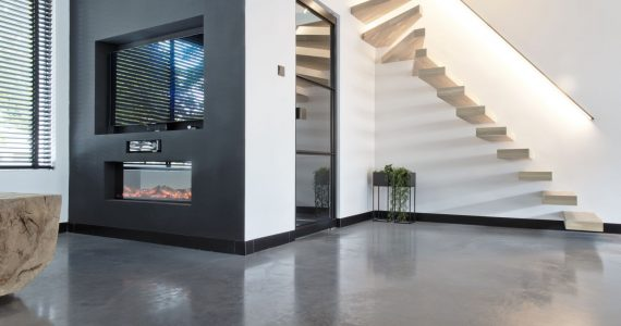 Betonvloer in een modern huis