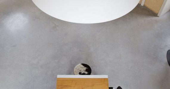 gevlinderde betonvloer keuken, betonvloer keuken