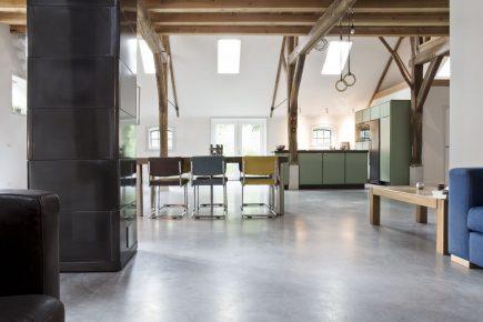 Gevlinderde woonbeton vloer in Rijswijk
