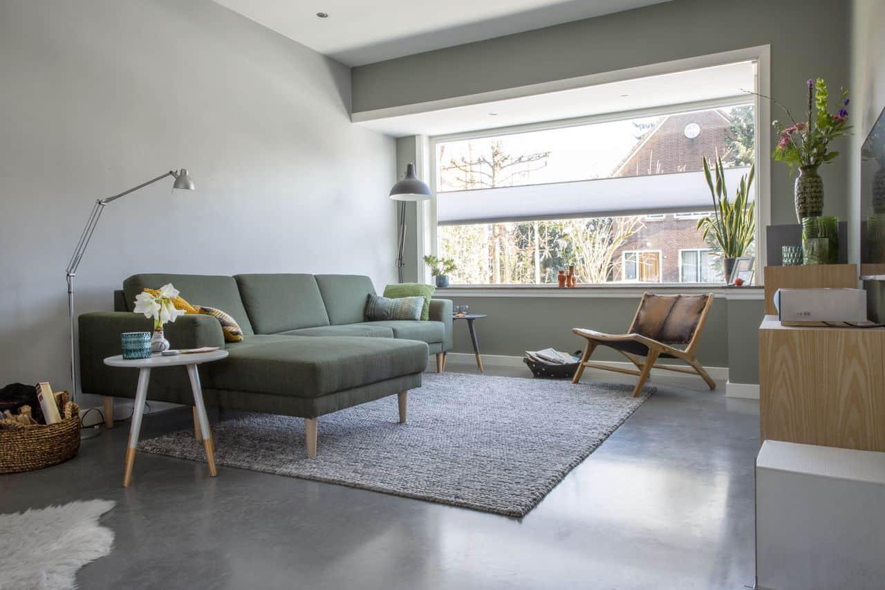 beton reinigen, woonbeton, wooninspiratie, gevlinderde betonvloer in huis