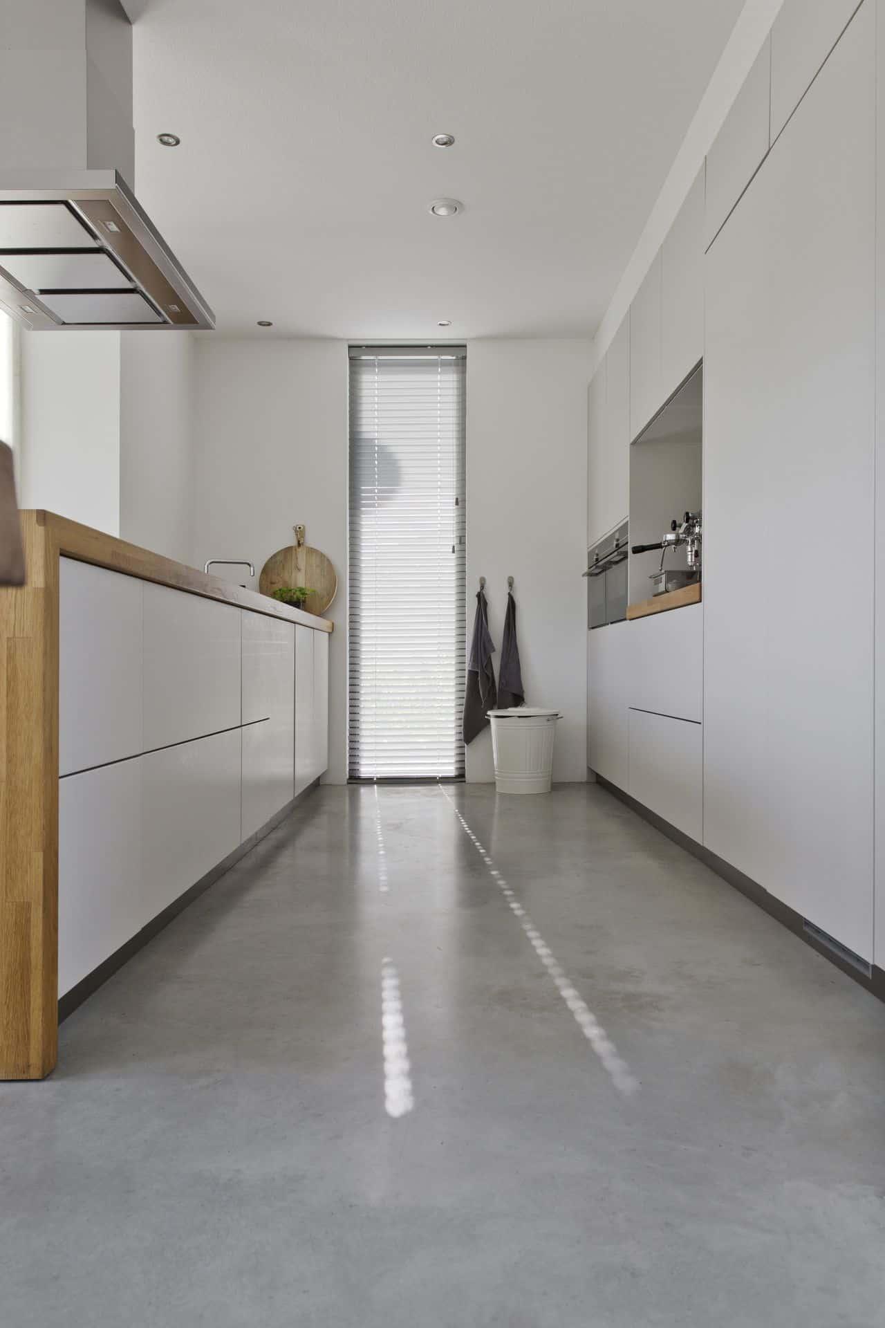 gevlinderde woonbeton vloer keuken