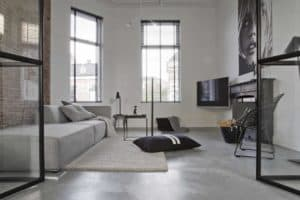 Betonvloer in een Scandinavisch interieur